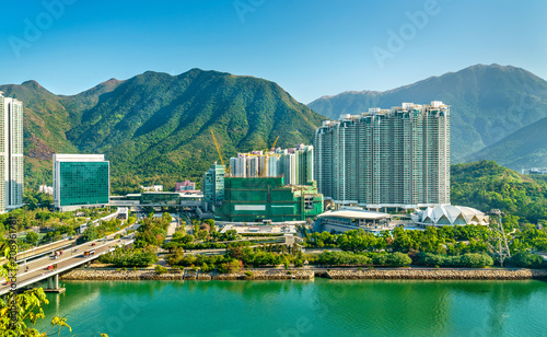 Montage in der Fensternische Hongkong View of Tung Chung district of Hong Kong on Lantau Island