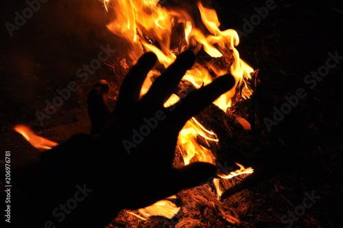 In de dag Vuur / Vlam Hand in flame