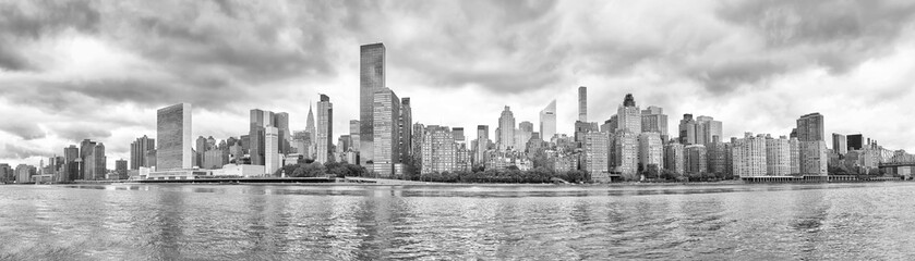 New York City black and white panoramic view from the Roosevelt Island, USA.