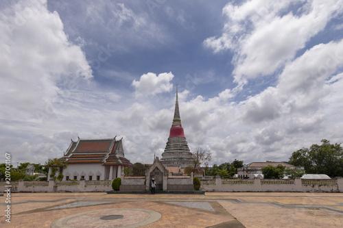 Fotobehang Bedehuis タイの仏塔プラサムット・チェーディー