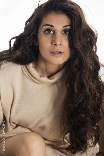 Foto op Plexiglas womenART Portrait of brunette with long hair