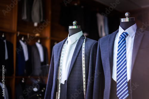 Fotografia luxury suit in shop
