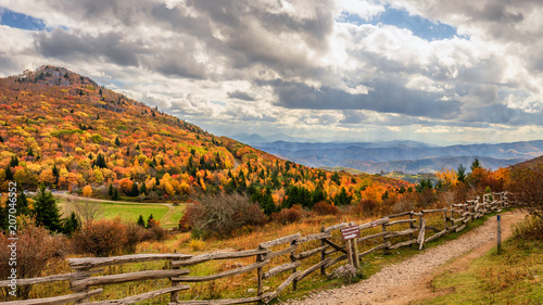 Fotografiet Autumn at Massie Gap in Grayson Highlands State Park Virginia