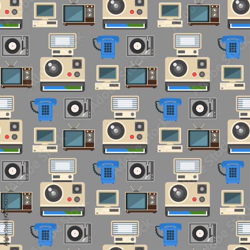 vintage-technologii-wektor-retro-audio-multimedialnych-rozrywki-stary-elektroniczny-gadzet-komunikacji-bezszwowe-tlo-wzor-ilustracji