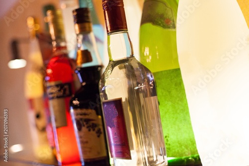 Carta da parati アルコール・ボトル