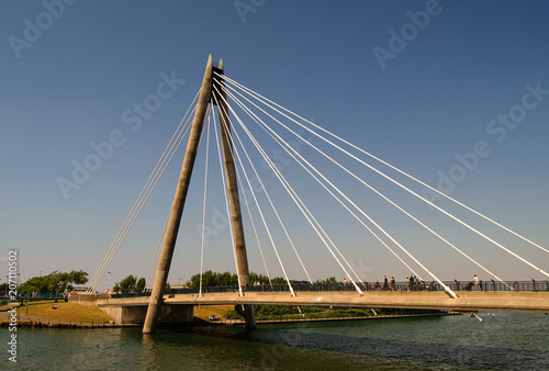 Spoed Foto op Canvas Brug Cable bridge across the river
