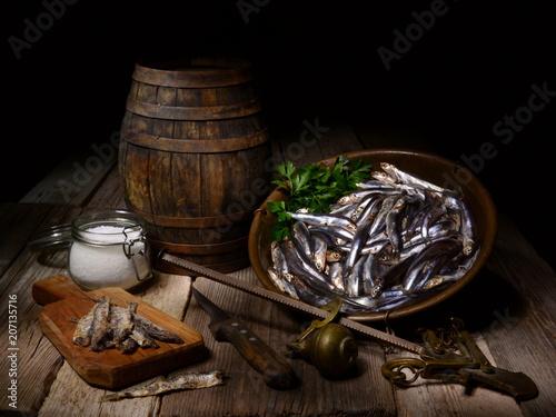 Fotografie, Obraz Natura morta con Alici fresche e sotto sale