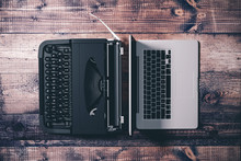 3d Laptop And Typewriter