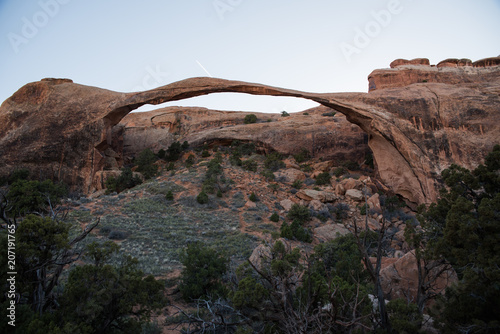 Foto op Canvas Diepbruine Landscape Arch in Arches National Park, Utah.