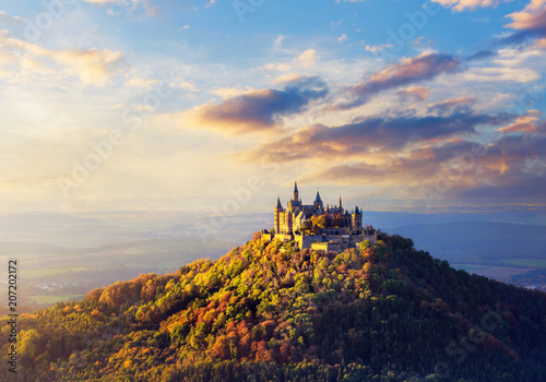 Photo Panoramic view of German Castle Hohenzollern during sunset