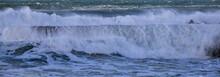 Tempête Sur Un Port Breton