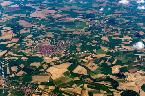 Papiers peints Bleu vert po river lombardia farmed field aeriel landscape