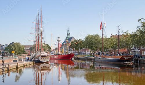 Tablou Canvas Emden - Ratsdelft - Hafen - Rathaus