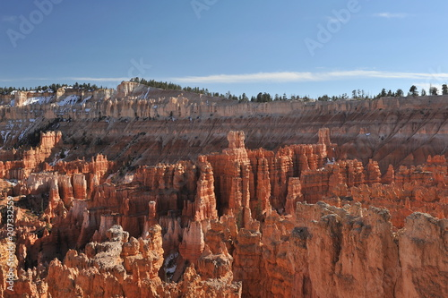Tuinposter Canyon USA. Bryce Canyon on a sunny spring day