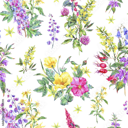 Photo  Watercolor summer seamless pattern of medicinal flowers