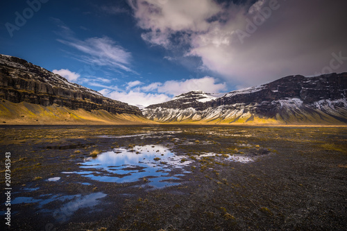 Spoed Foto op Canvas Grijze traf. Icelandic wilderness- May 05, 2018: Wild landscape of Iceland