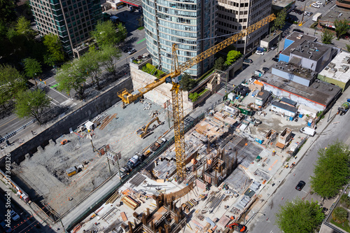 Tuinposter Centraal-Amerika Landen Downtown Vancouver, British Columbia, Canada - May 10, 2018: Aerial panoramic view of the construction site in the modern city.