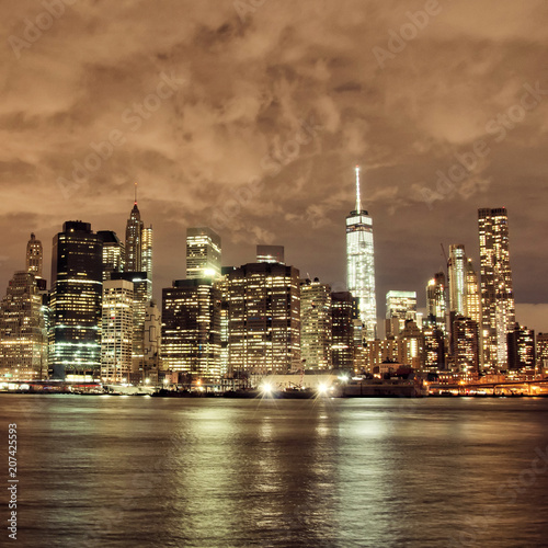 Fototapety, obrazy: New York City skyscrapers by night