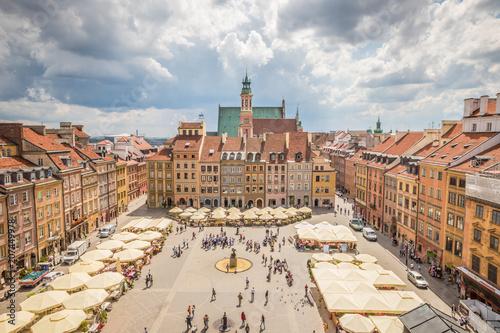 Obraz Ładny widok na Rynek Starego Miasta w Warszawie - fototapety do salonu