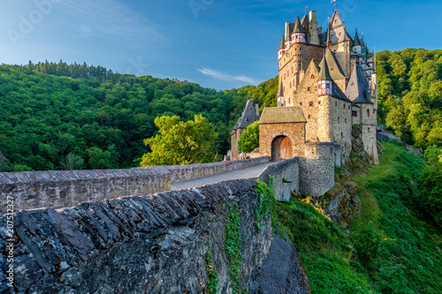 Spoed Foto op Canvas Kasteel Burg Eltz castle in Rhineland-Palatinate, Germany.