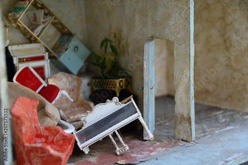 dollhouse furniture pileup Canvas-taulu