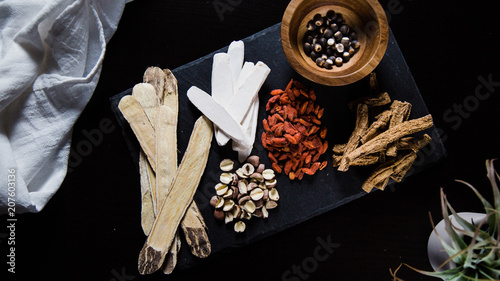 Photo Collection of raw herbal ingredients for tea and soup