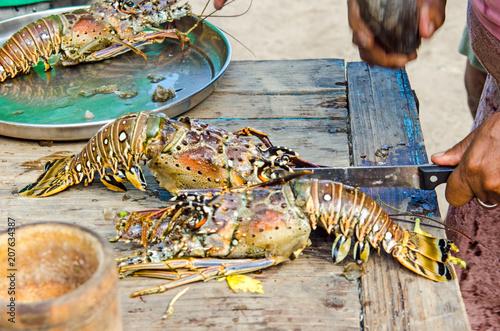 Grillen frischer Langusten an karibischer Strandbar / Samara :)