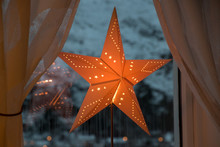 Christmas Star Paper Red Shini...