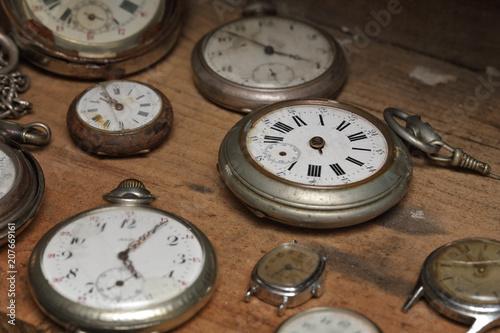 Fotomural série de montres anciennes vintage
