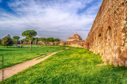 Foto op Plexiglas Oude gebouw Ruins of the Parco degli Acquedotti, Rome, Italy