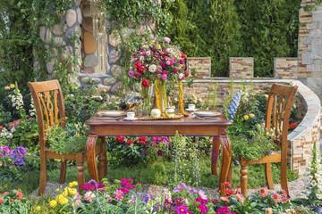 Fototapeta Ogrody Landscaped backyard flower garden