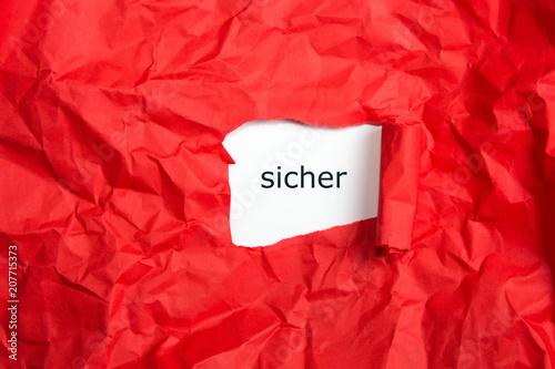 Fotografie, Obraz  Schrift mit Gefühl sicher auf roten Papier, aufgerissen und zerknüllt