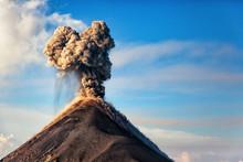 El Volcán De Fuego, Guatemala...