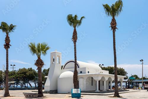 Foto op Plexiglas Cyprus Кипр. Айя-Напа. Церковь Святого Георгия.
