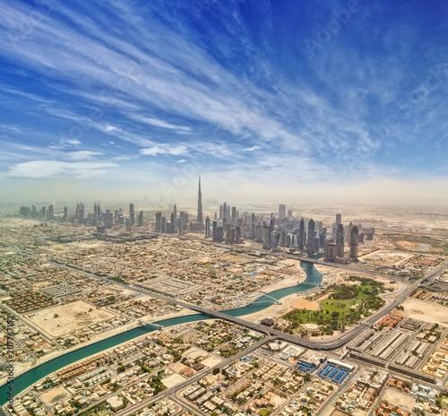 Fototapeta Widok z lotu ptaka na centrum Dubaju,