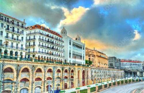 Tuinposter Algerije Seaside boulevard in Algiers, the capital of Algeria
