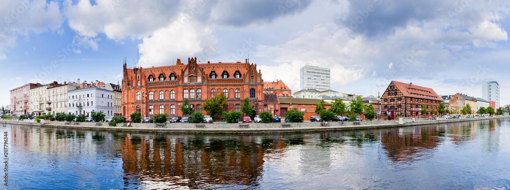 Fototapety, obrazy: Panoramiczny pejzaż Bydgoszczy, Polska