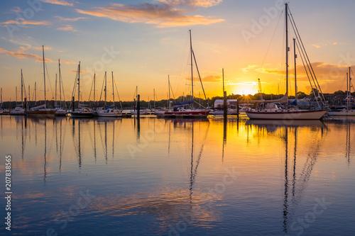 In de dag Ochtendgloren Sunrise in Southampton Marina