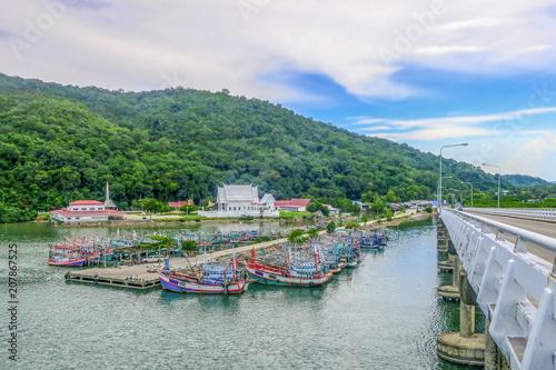 Photo Stands Caribbean Chantaburi,Thailand - May 28, 2018. Fishing boats group at Lamsing bay in Thailand.
