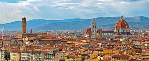 Papiers peints Pays d Afrique Florence Italy Panorama with Arno River Old Palace and the Big D