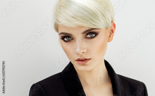 Beauty portrait of fashion blond model with natural skin