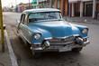 Cooler blauer Oldtimer auf Kuba (Karibik)