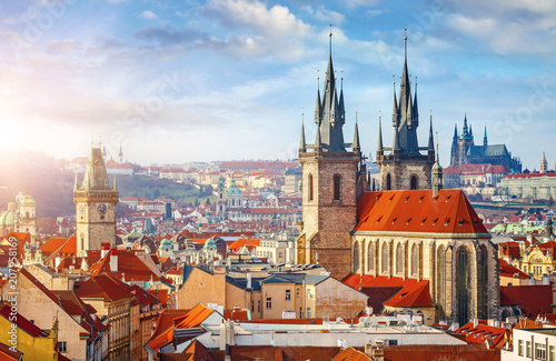 Photo  High spires towers of Tyn church in Prague city Our Lady