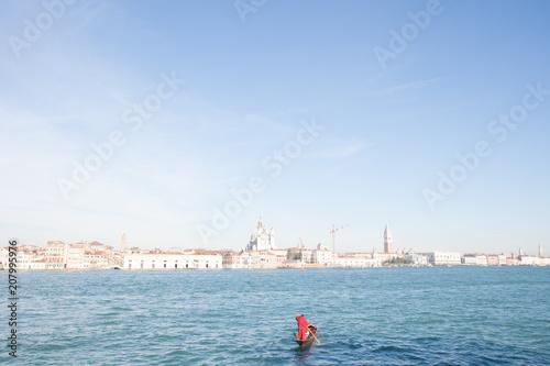 Fotobehang Gondolas Gondola in Canal Grande, Venice