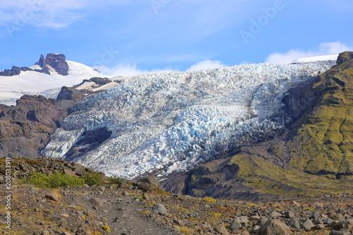 Fotobehang Gletsjers Falljokull Glacier (Falling Glacier) in Iceland