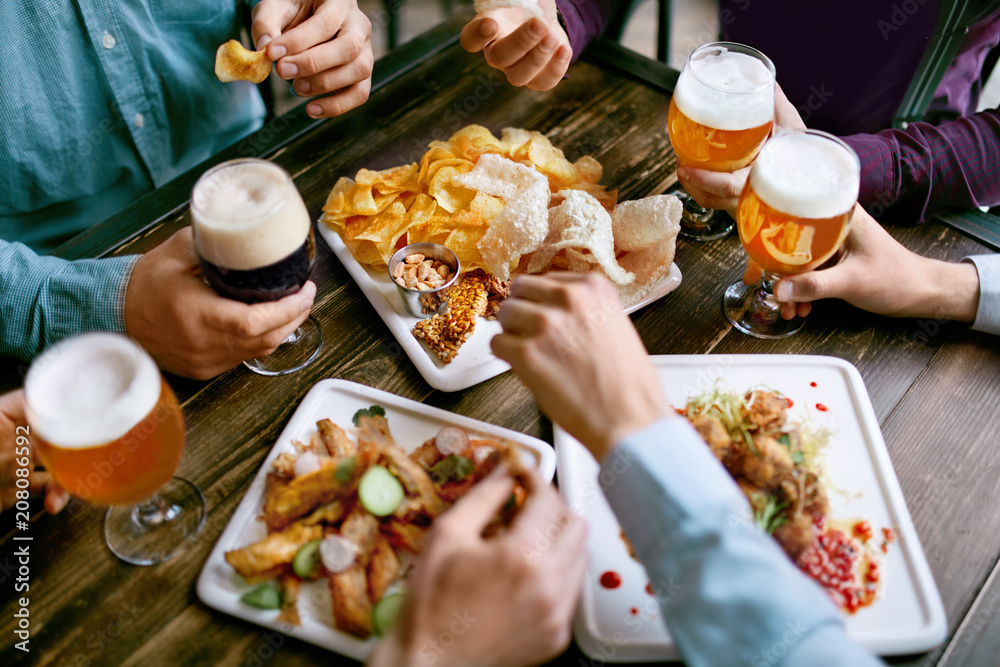 Fototapety, obrazy: Men Drinking Beer And Eating Food Closeup