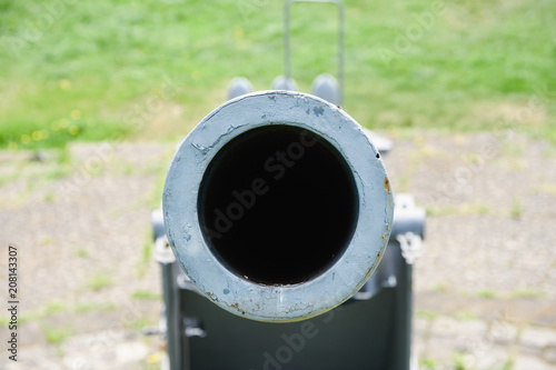 Photo  view of the barrel of a historic warfare from the time of the Second World War
