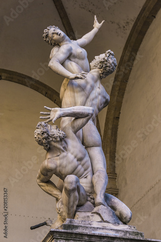 Photo  Statue Abduction of a Sabine Woman in Florence, Italy