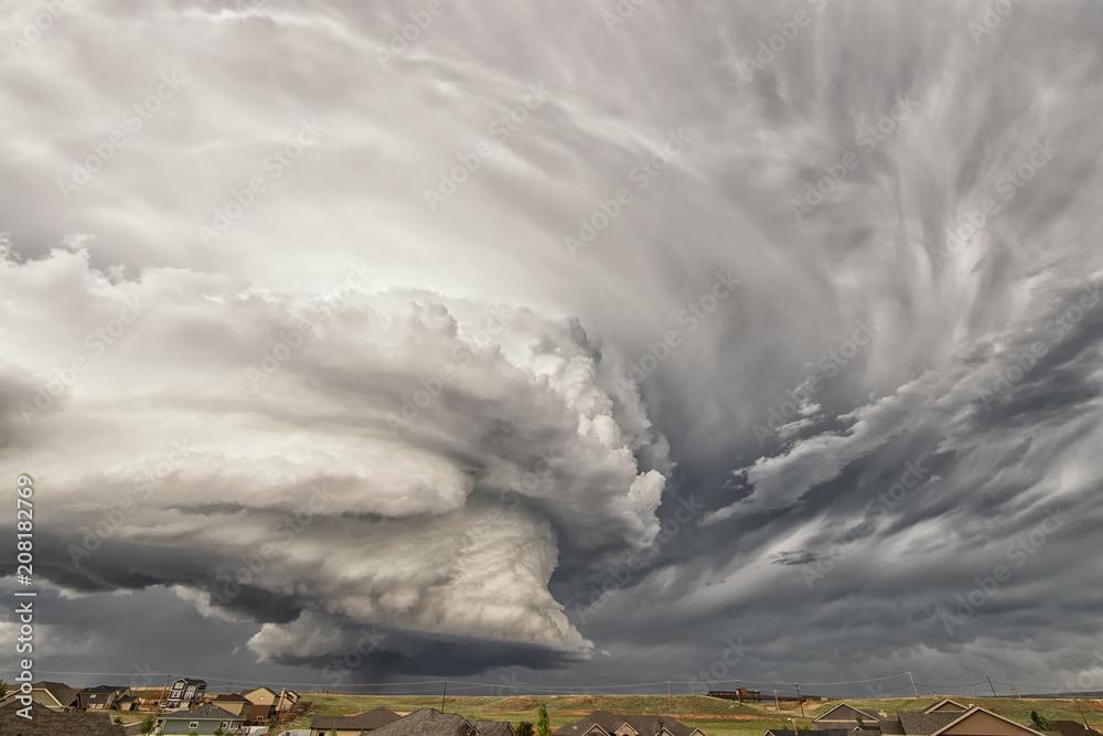 Fototapeta Rotating wall cloud;  near Laramie Wyoming
