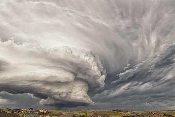 Obrotowa chmura ściany; w pobliżu Laramie Wyoming